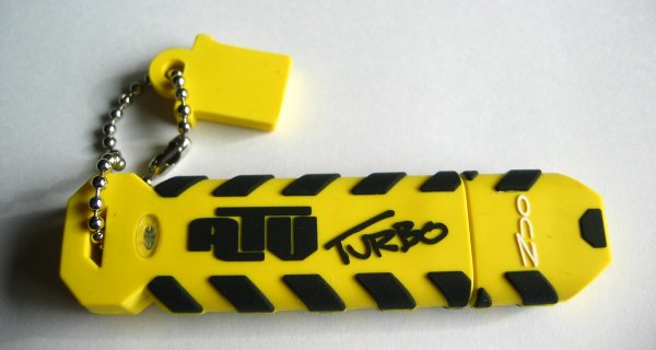 geek flash drive Adorable Flash Drives that are not just Flash Drives