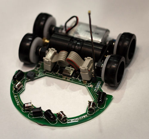 tetra micromouse TETRA micromouse robot beats World Record with its out of the box Design