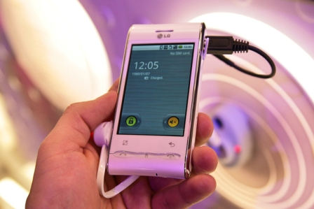 lg gt540 photos 4 LG GT450 Android based Smartphone Announced