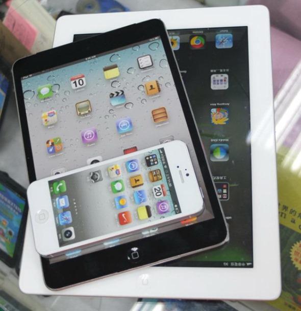 007 4 iPad mini, detailed mockup shots
