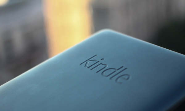 kindle back Amazon' Paperwhite ebook reader review