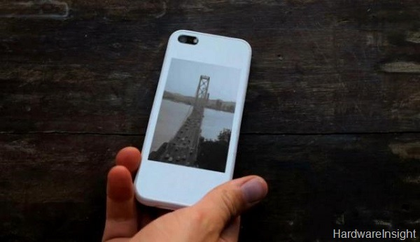 popSLATE If you think e ink displays are no good, check out this new case for iPhone 5, Pop Slate