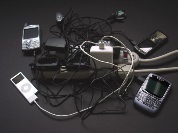 cell phone chargers Future mobile phones to have one common charger