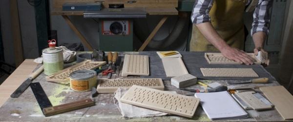 Oree wireless wooden keyboard Wood + Tech + Design = Oree Wooden Keyboard