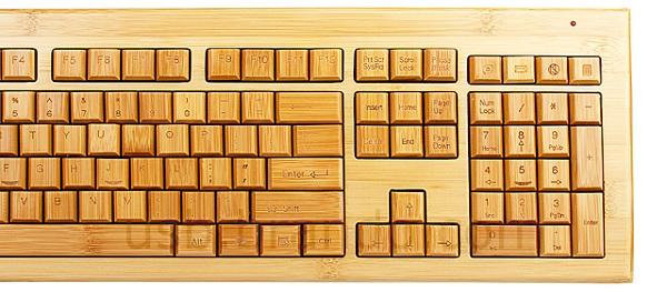 UKEYB008600 04 L1 Wood + Tech + Design = Oree Wooden Keyboard