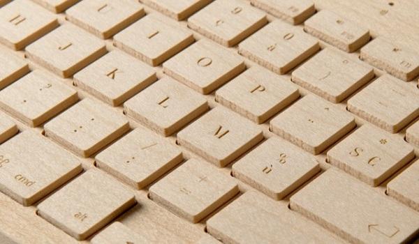 oree 2 640x374 Wood + Tech + Design = Oree Wooden Keyboard