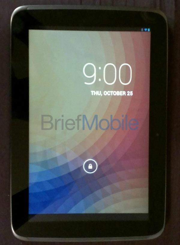 Nexus 10 Nexus 10 dresses up for shots ahead of release