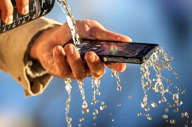 Sony Xperia Z1 Released, Water Proof, Sand Proof With A 20.7 MP Camera